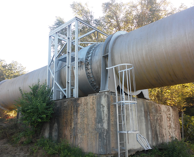 Hydro Stop socket encapsulation collars were used for repairing eight leaks on the biggest pipeline in Southern Italy.